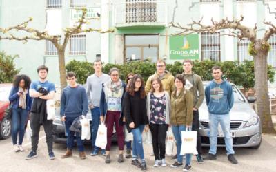 Los alumnos de la UPNA visitan Diquesí y Centro Hortofrutícola