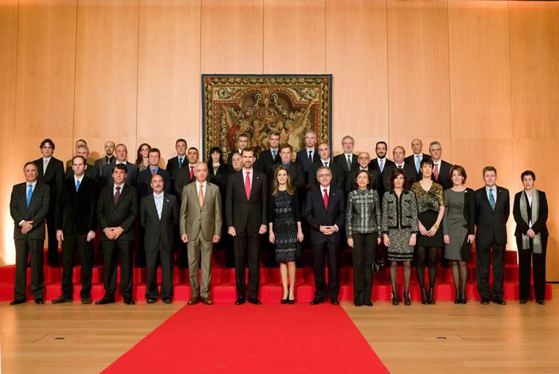 Los Príncipes de Asturias reciben al Grupo AN en su Centenario