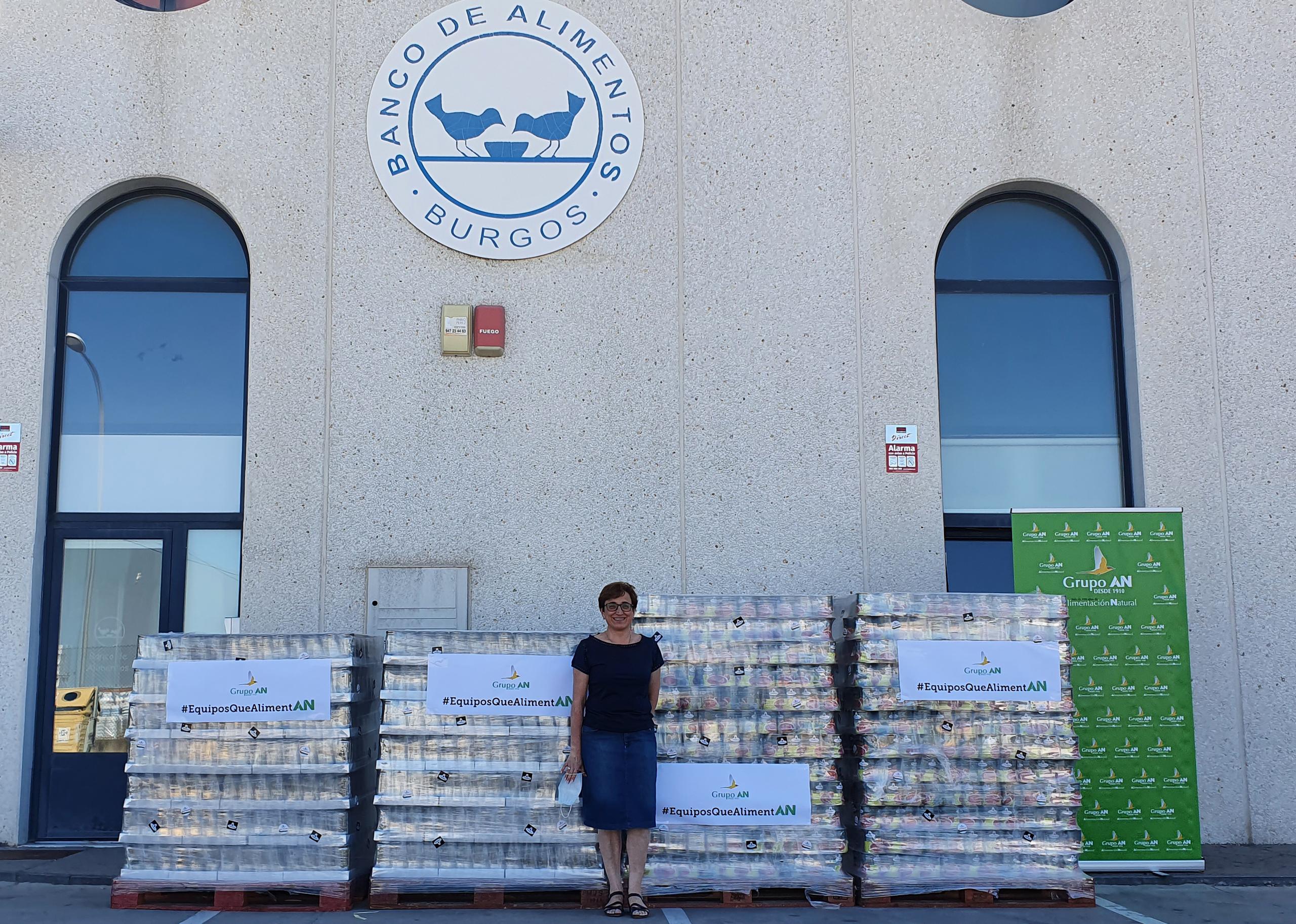 Ana Ruiz, coordinadora Banco Alimentos Burgos, en la entrega del Grupo AN
